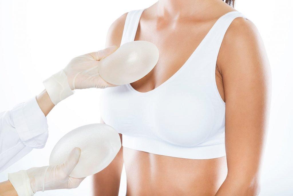 implantes levantamiento de senos