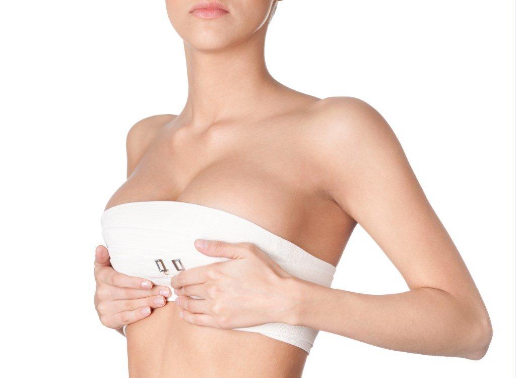Precio levantamiento de senos Colombia 2021 pechos caidos ya no son un problema